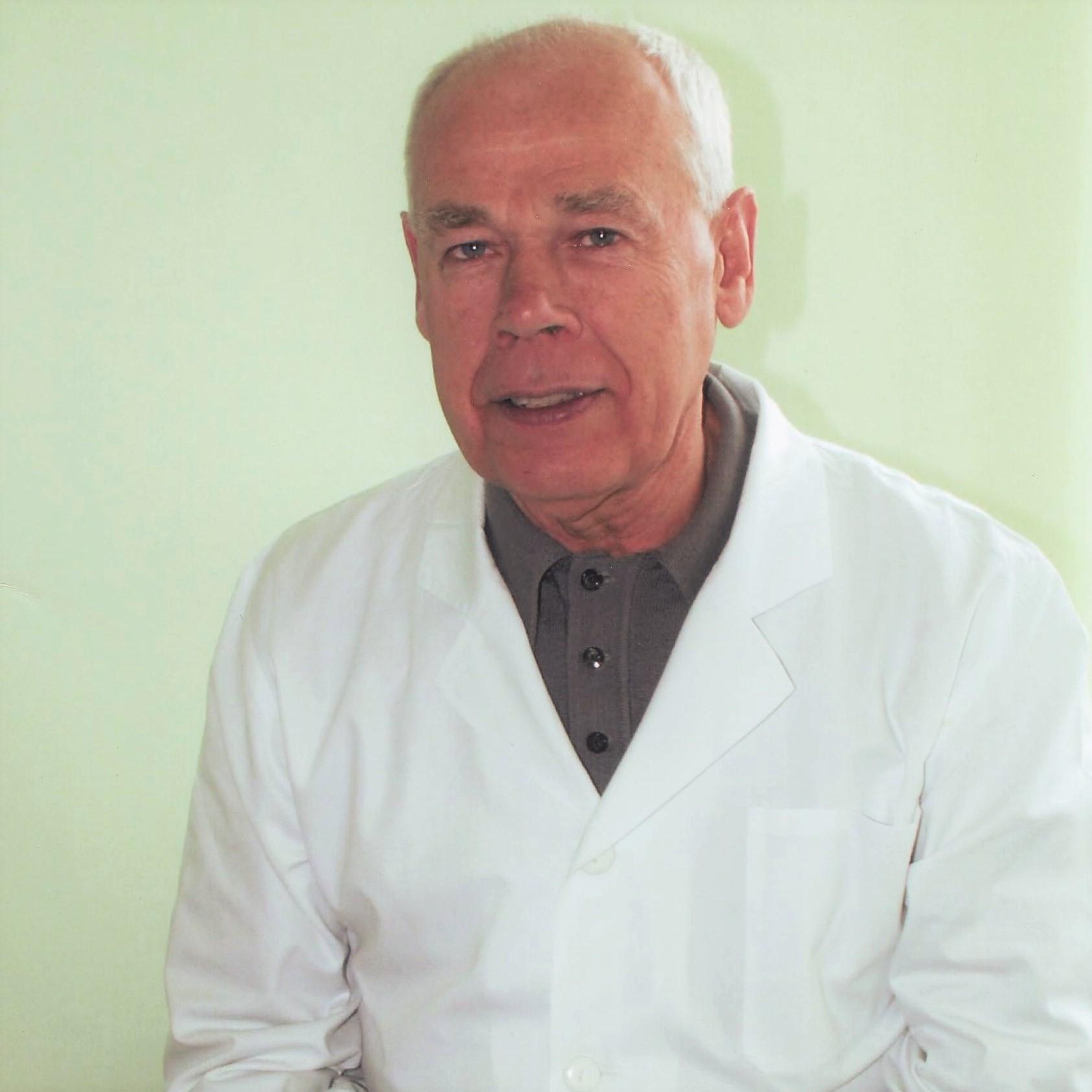 Gydytojas chirurgas-urologas Leonardas Želvys